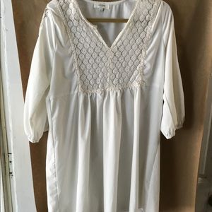 Umgee tunic or dress. So flattering on Sz L